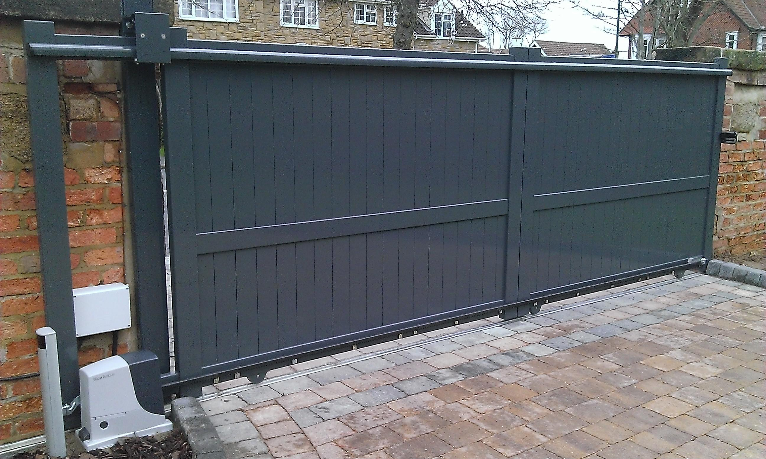 Grey sliding gates for home and business by Linkcare