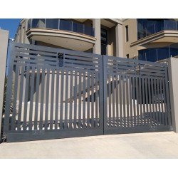 Who Makes Automatic Gates Unsafe?
