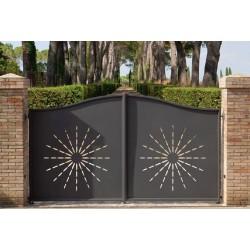 Aluminium gates versus wooden gates