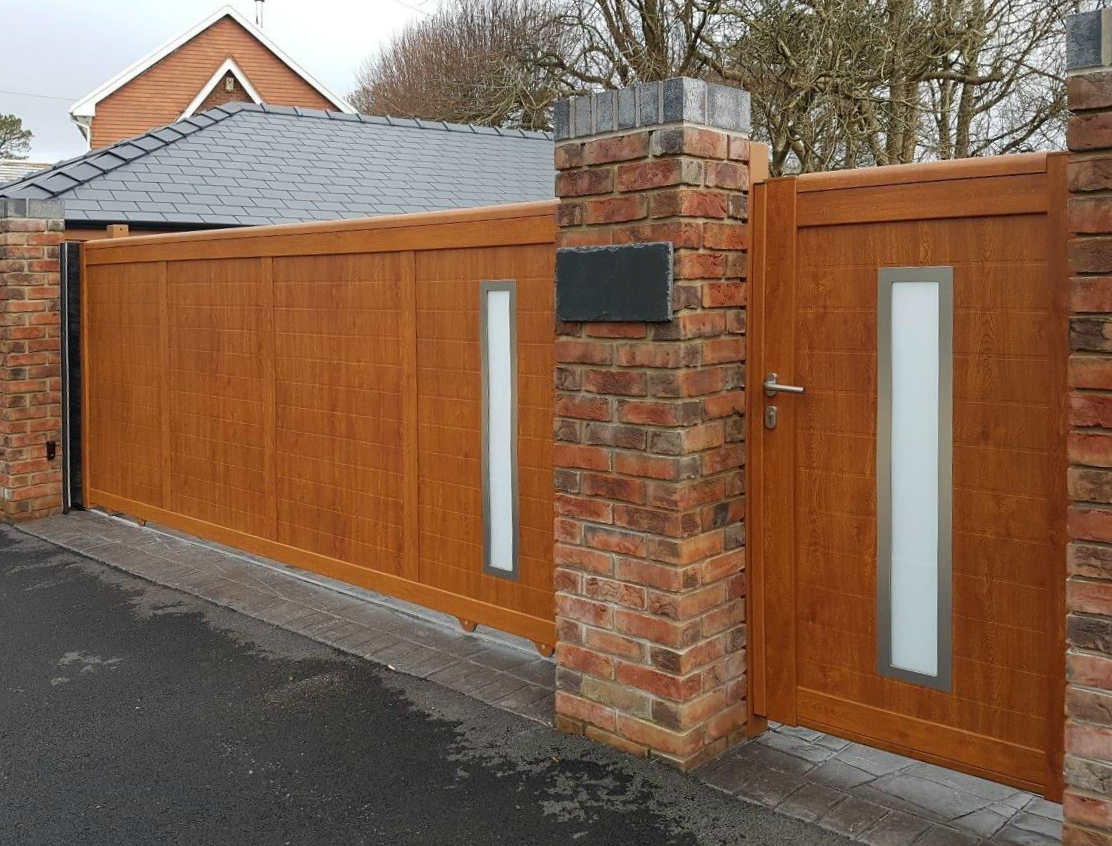 how much do electric gates cost
