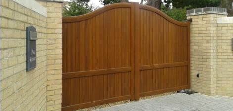 Golden oak aluminium gates